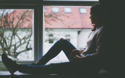 Depressione post-partum: la guida completa